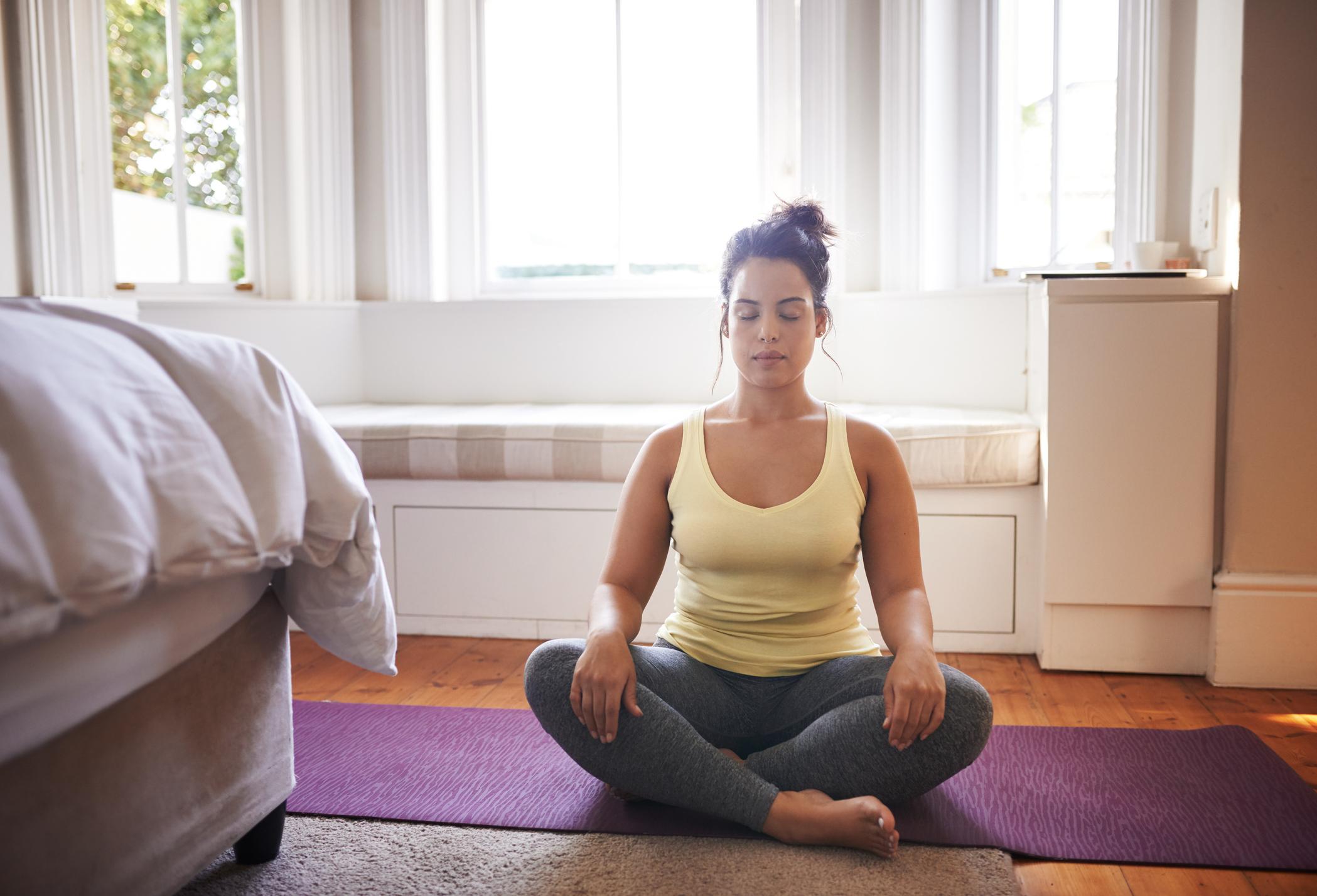 Conheça alguns princípios básicos e técnicas de meditação